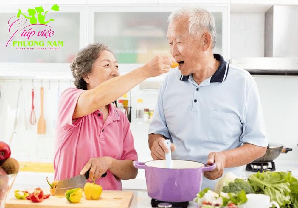 Dịch vụ chăm sóc người già, người bệnh huyện Thanh Oai giá rẻ