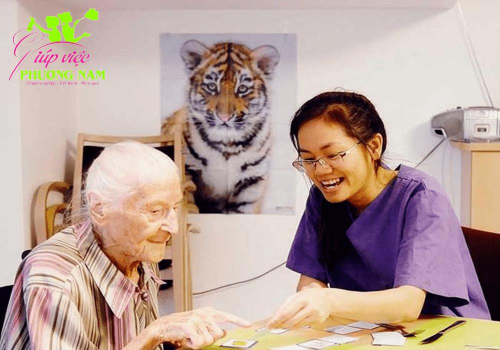 Dịch vụ nuôi bệnh, chăm sóc người già tại Thạch Thất uy tín